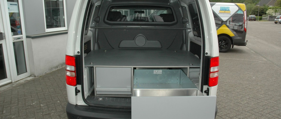 Volkswagen-Caddy-Maxi-Combi-1.jpg